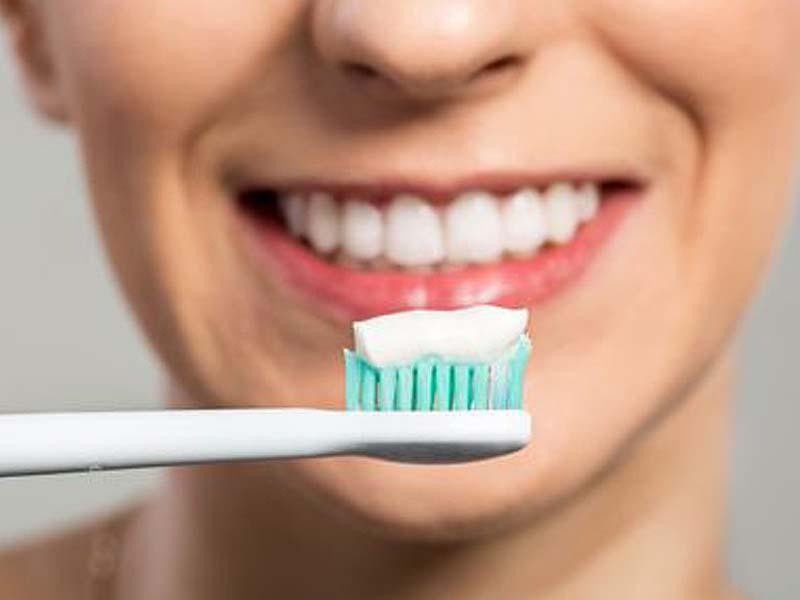 سفید و روشن کردن دندان - شادابی و سلامتی