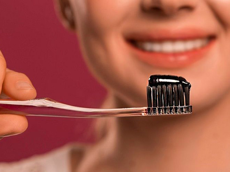خمیر دندان زغالی