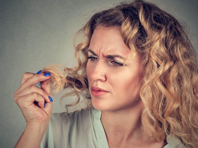 عوامل ریزش موی خانم ها - سلامت مو