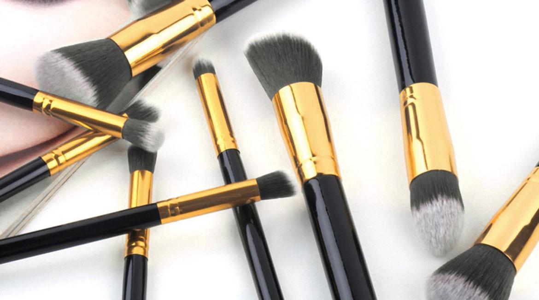 clean-your-makeup-brushes7-banooyeshahr