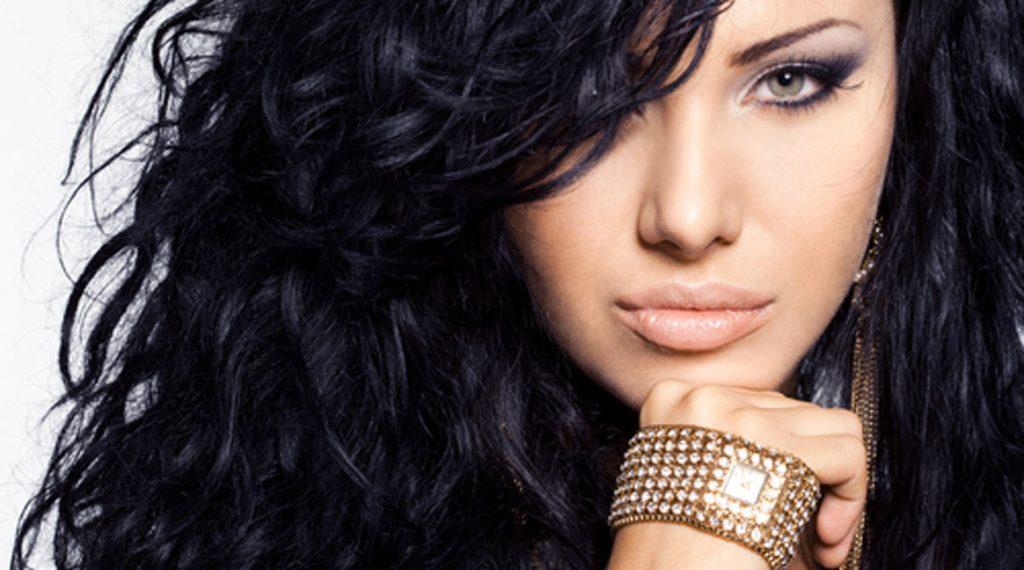 makeup-for-black-hair2-banooyeshahr