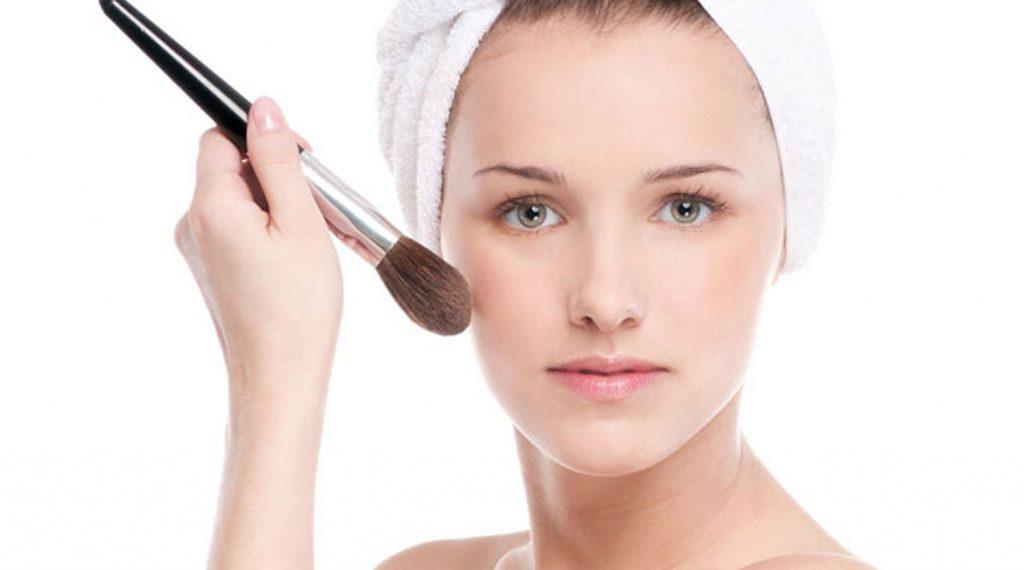 time-saving-makeup-hacks5-banooyeshahr