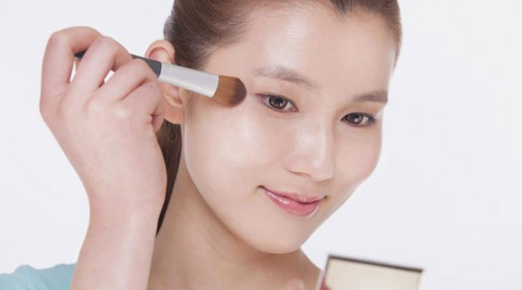time-saving-makeup-hacks6-banooyeshahr