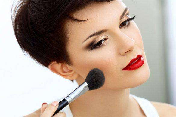۱۰ نکته آرایشی برای بهتر بودن در عکس ها