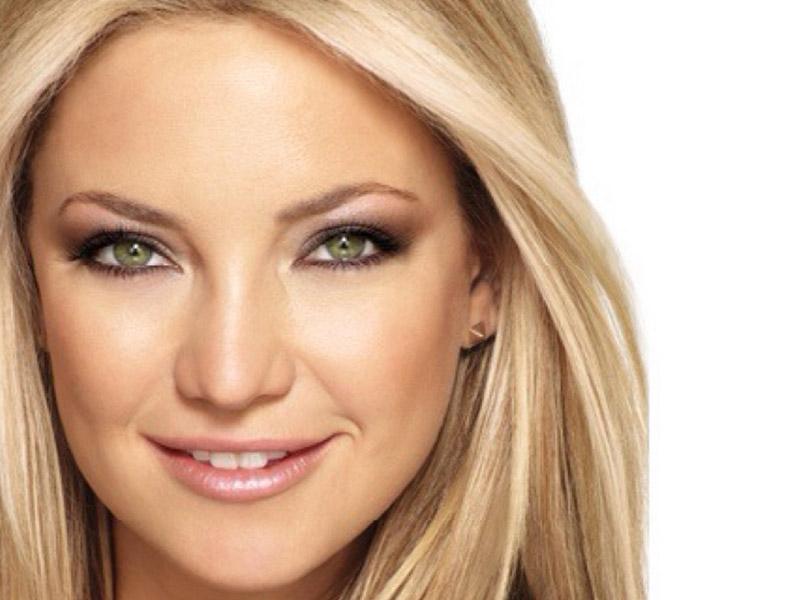 آرایش صورت مخصوص رنگ موی بلوند - مد و زیبایی