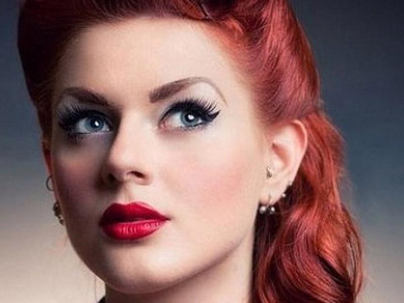 آرایش صورت مخصوص رنگ موی قرمز - مد و زیبایی