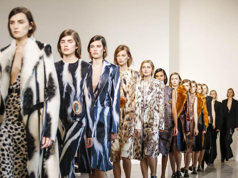 رنگ و لباس مد پاییز 2017 در فشن شوی نیویورک