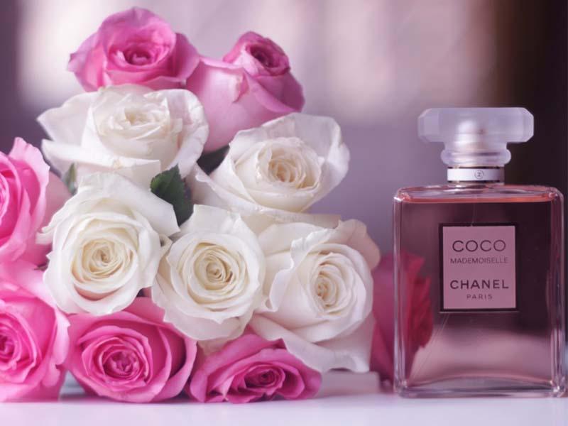 عطرهای زنانه - مد و زیبایی