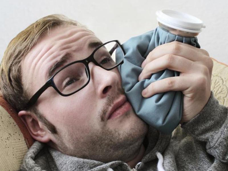 فوریتهای دندانی - شادابی و سلامتی