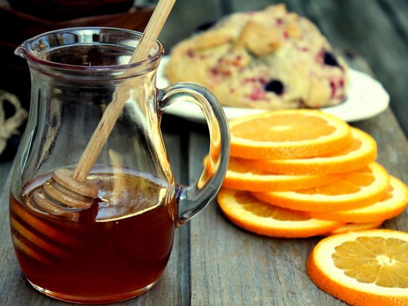 ماسک صورت خانگی عسل و پرتقال