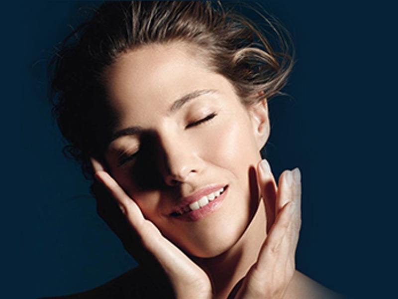 مراحل پاکسازی و زیباسازی پوست صورت