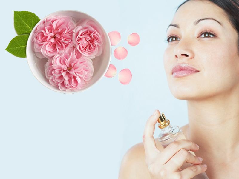 پاکسازی پوست با گلاب