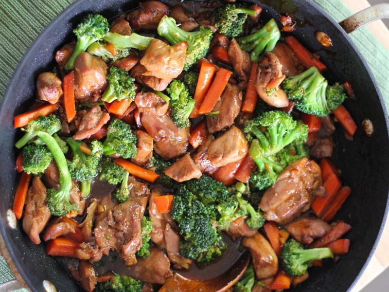 مرغ و سبزیجات
